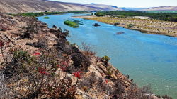 http://www.travelnewsnamibia.com/wp-content/uploads/Orange-river-850x480.jpg
